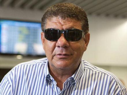 joel-santa-oculos-480-André-Portugal-VIPCOMM